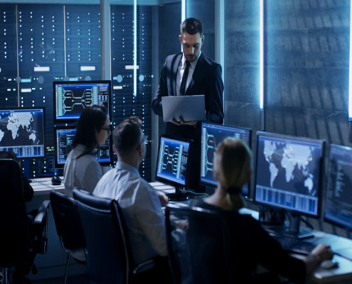 Una centrale operativa alle prese con al videoverifica